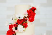Wedding Cakes / by Stephanie Tyson