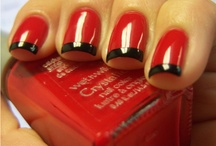 Paint my nails / by Monica Malires