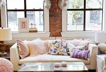Future living room / by Sierra McGoveran