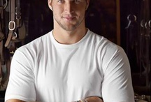 Tebow~not ashamed of his believe / by Lisa Rivas