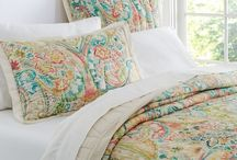 Decor and Home fashion / by Corinne Stoter