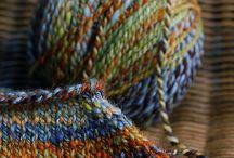 Yarn yarn yarn <3 / by Sophie Grenon