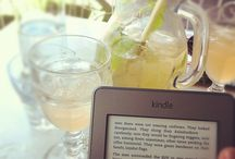 Ebook love | Ebook Friendly / Cool pictures of people with their ebooks. / by Ebook Friendly