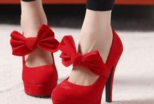 Gotta Love Shoes / by Monica Malires