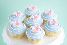 Cupcakes / by Lucy's Mom