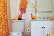 Bathroom / by Veronica Estrada