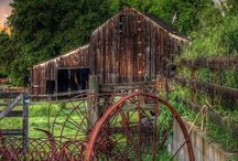 Country and Farm / by Melanie Masterson