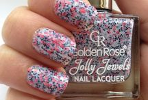 nails / by Steph Brennan