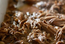 Slow Cooker Recipes / by Cecy Alomia