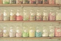 Sweets &candy!!!!! / by Maya Viñas