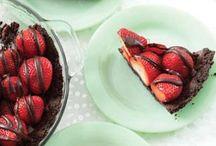 Desserts / by Monica Killen