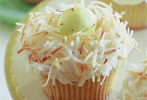 Cakes / by Paula Lowery