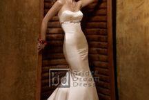 dream wedding / by Ellen Sileo