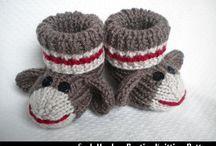 Knits for les bébés / by Chieko Horn