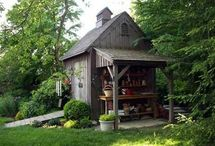 Garden Sheds / by Lynn Davis