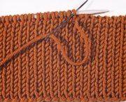 knitting / by Elinor Reid