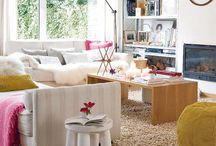 living rooms / by Lavinia Stoica