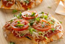 Food: Pizza / by Heather Buzby