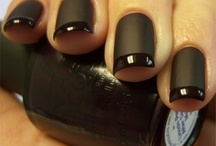 Nails bling polish! / by Margeaux Moore