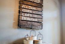 sign ideas / by Sheena Hamilton Santino