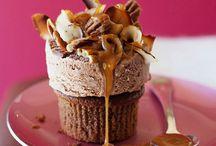 Desserts | Cupcakes / by Jennifer Fowler