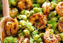 Yummy Recipes / by Karen Howard
