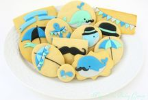 Kiss My Royal... Cookies   / by Victoria Naylor
