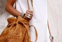 Bags, jewlrey,  &  clothes I love / by Colleen Hicks