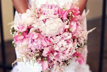 wedding flower ideas / by Brooke Oliver