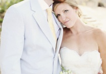 Bride and groom poses / by Brittney Davis