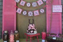 Party Ideas / by Marissa Cowper