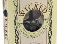 Books Worth Reading / by Erica Herwig
