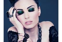 Makeup / by Ana-Maria Šipoš