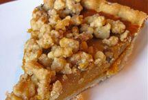 Pie, Crisp, & Cobbler Recipes / by Sara Armstrong