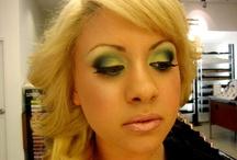 makeup looks I like / by Betsy Gonzalez