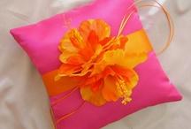 Tangerine Wedding Ideas / by Ellen Martin Kramer
