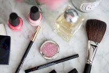 Beauty Bar / by Lexi Dodd