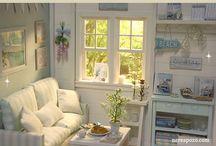 Dollhouses - Miniature Livingroom / by Joan Moore