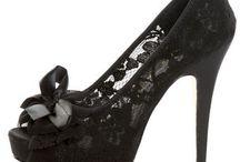 Shoes / by Hillary Garthwaite