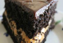 Cakes / by Rachel Goodsall