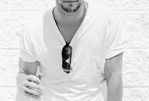 Chris Hemsworth <3 / by Tyler Seaton