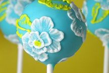 **Cake Pops** / I love the unique design of Cake Pops...they are awesome! / by Carey Cronin