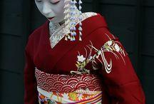 Geisha-Kimono / by Titania