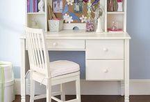 desks for Brielle / by Cori Henderson