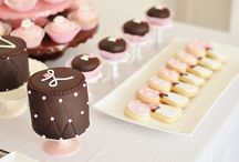 Mini cakes / by Jeanette Hartley