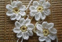 Crochet - Flowers / by Becca Johnson
