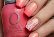 nails / by Katya Richie