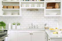 Decor: Kitchen / by Leslie Limon