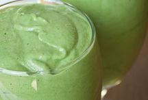 Paleo (mostly) - Smoothies and Drinks / by Molly Painter