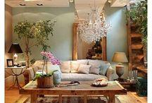 Living room / by Diana Sciandra